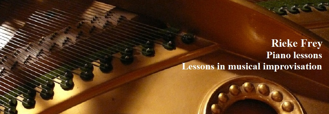 Rieke Frey - Piano lessons and lessons in musical improvisation